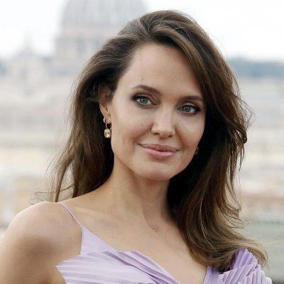 Angelina Jolie haberleri