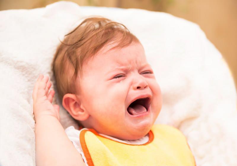 sarsılmış bebek sendromu nedir? Sarsılmış bebek sendromu belirtileri