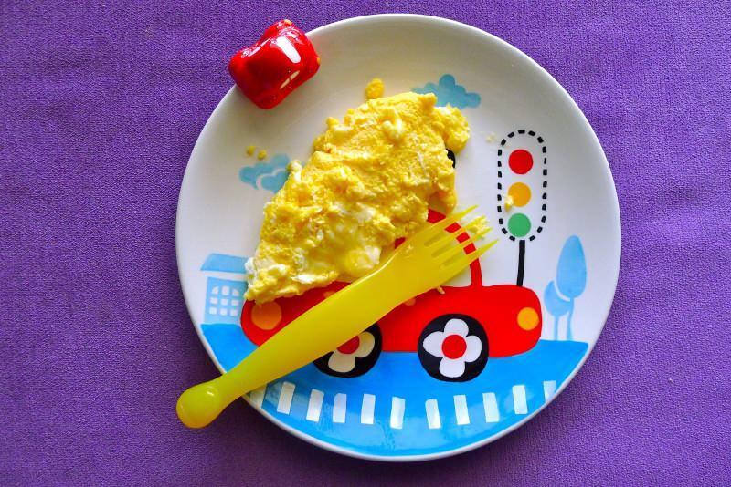 Bebekler için omlet tarifi! Bebeklere omlet nasıl yapılır?