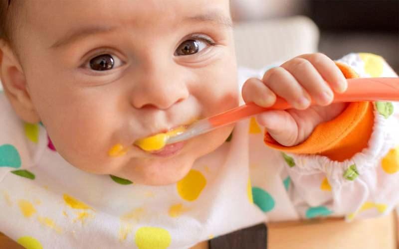 Muzlu bebek muhallebisi nasıl yapılır? Muzlu muhallebi tarifi