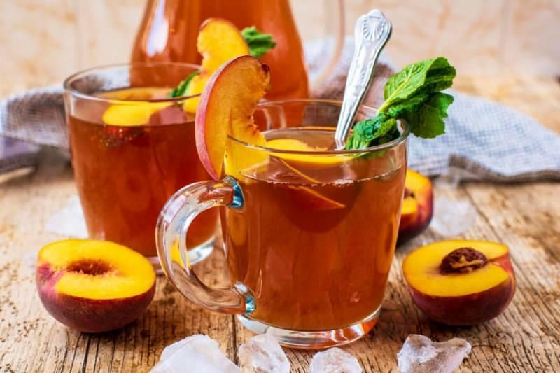 şeftali çayı güçlü bir idrar söktürücüdür