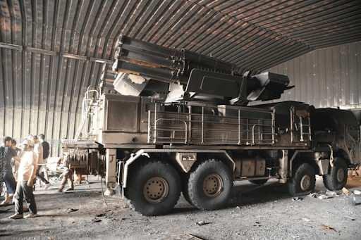 Ele geçirilen Rus yapımı Pantsir hava savunma sistemi...