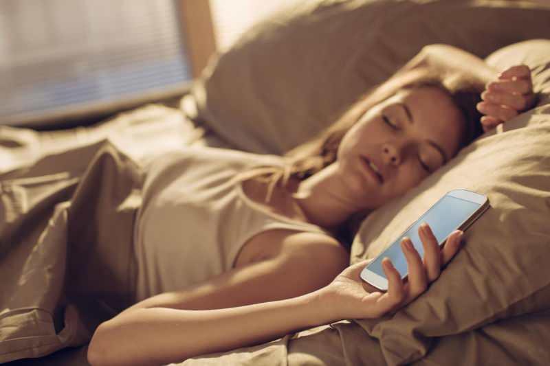 gece telefon kullanımı kansere yol açar