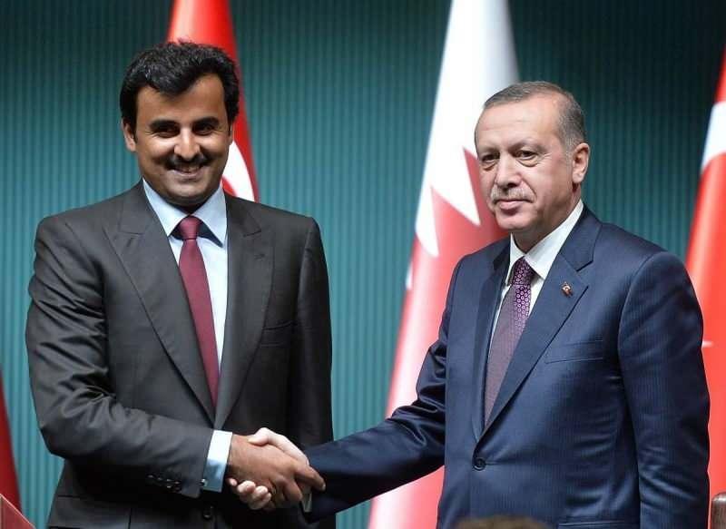 Cumhurbaşkanı Recep Tayyip Erdoğan ile Katar Emiri Temim bin Hamed es-Sani.
