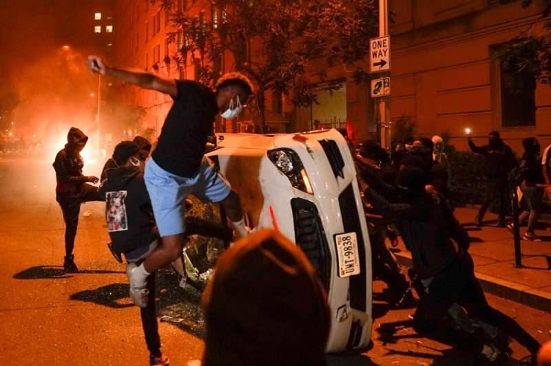 Washington'da sokağa çıkma yasağı ilan edildi - DÜNYA Haberleri