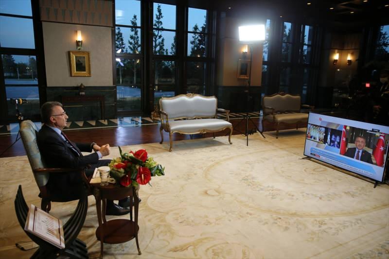 Cumhurbaşkanı Yardımcısı Fuat Oktay, Kuzey Kıbrıs Türk Cumhuriyeti'nde (KKTC) faaliyet gösteren, Bayrak Radyo Televizyonu'nda (BRT) canlı yayınına katılarak soruları yanıtladı.