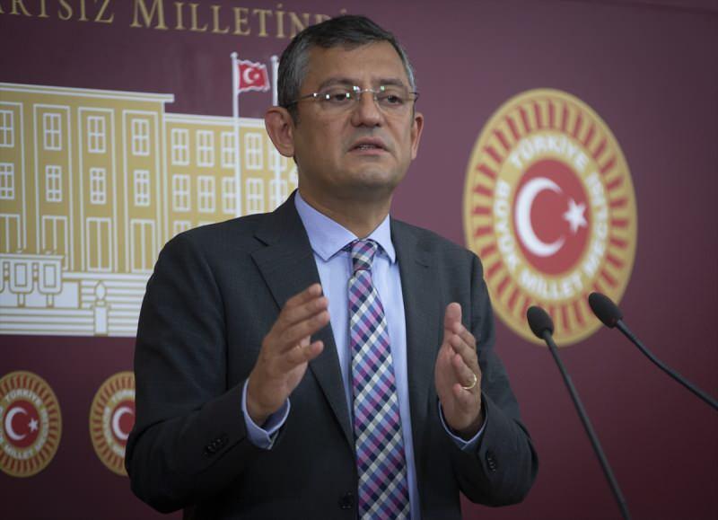 CHP Grup Başkanvekili Özgür Özel. TBMM'de düzenlediği basın toplantısında gündeme ilişkin değerlendirmelerde bulundu.