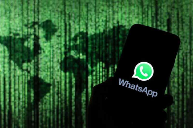 Sosyal medyada dönen iddiaya göre, WhatsApp'ın bu özellikleri bilerek kapattığı belirtiliyor. Konuyla ilgili ise henüz resmi bir açıklama bulunmuyor.