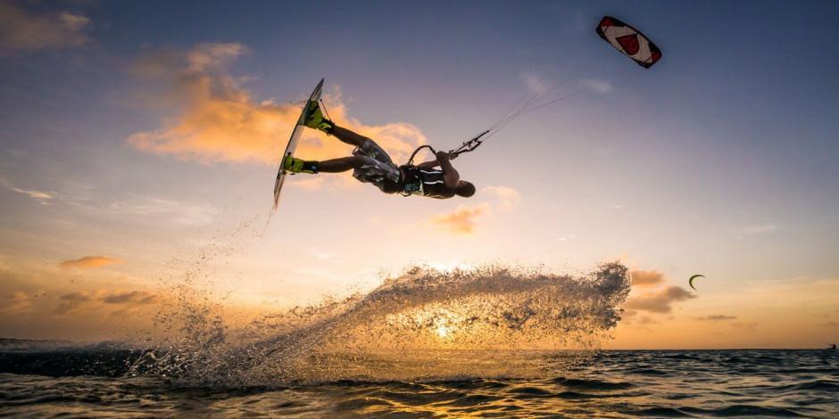 Dünyanın üçüncü uçurtma sörfü merkezi: Gökova 'Deli Mehmet'