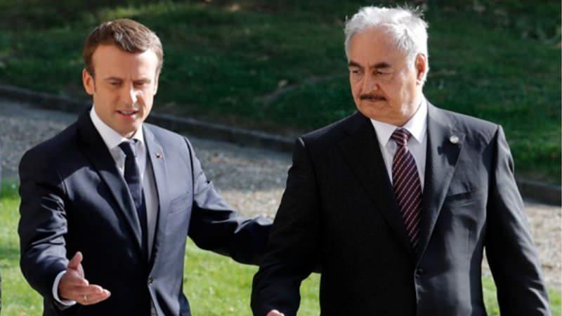 Macron ve darbeci Hafter.