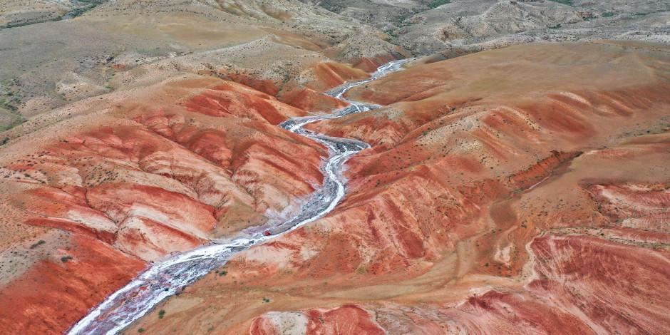 Iğdır'ın kırmızı topraklarından muhteşem manzaralar