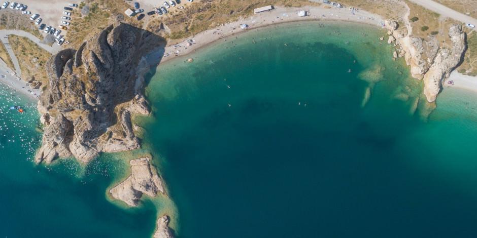 Van Gölü sahillerinden Akdeniz'i aratmayan manzaralar