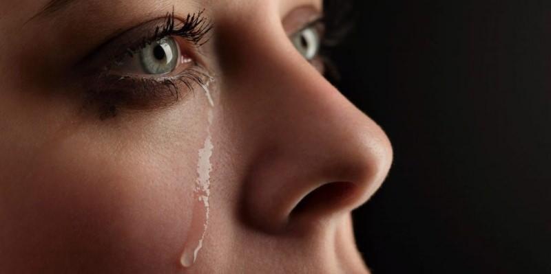 Rüyada ölü üzerine ağlamak ne demek