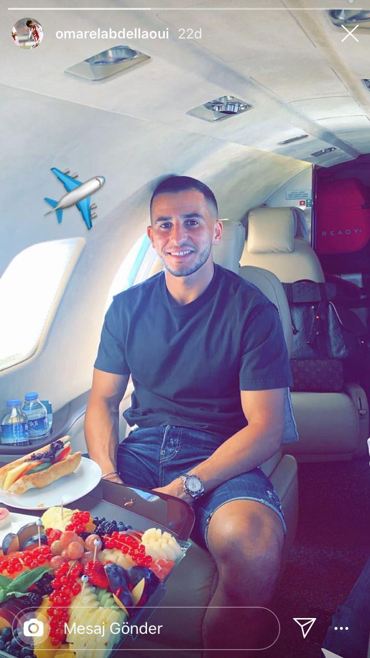 Omar Elabdellaoui, İstanbul'a geldi. Özel uçaktan fotoğraf paylaştı.