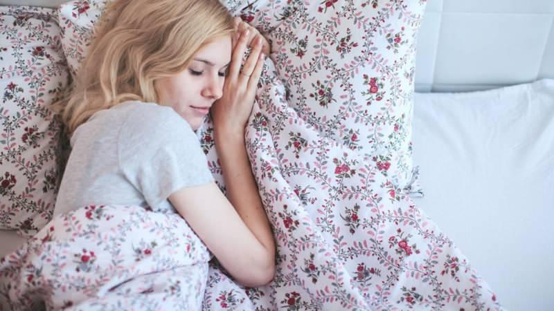 Hamilelikte sol tarafa yatmanın faydaları
