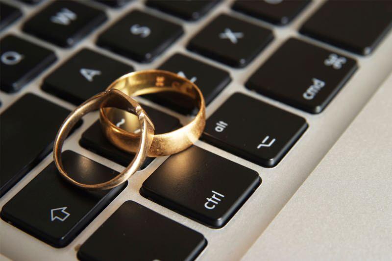 İnternet evliliği caiz mi? İnternetten tanışarak evlenmek