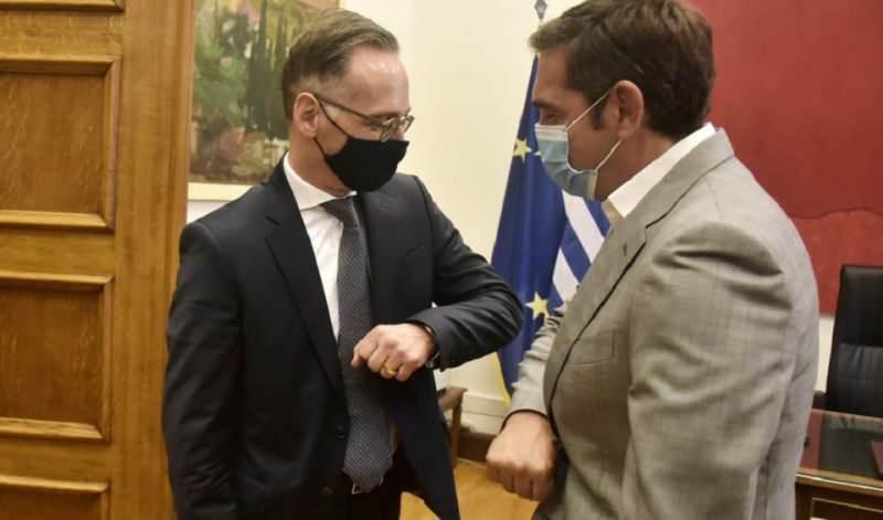 Alman Bakan Maas, daha sonra bir önceki Başbakan Çipras ile görüştü.