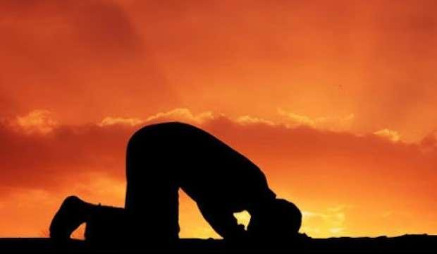 Rüyada namaz kılmak neye işaret? Rüyada namaz kılmaya çalışmak ama kılamamak hayırlı mıdır?