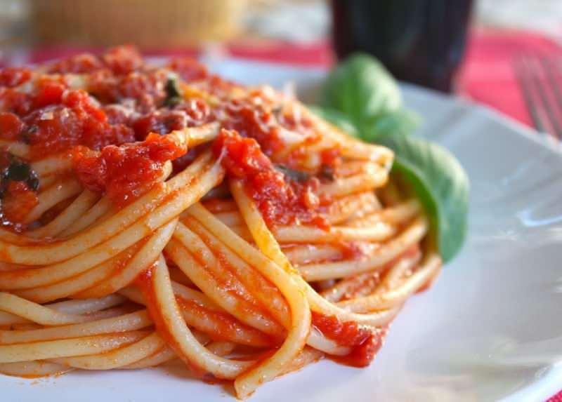 Spagetti makarna nasıl yapılır?