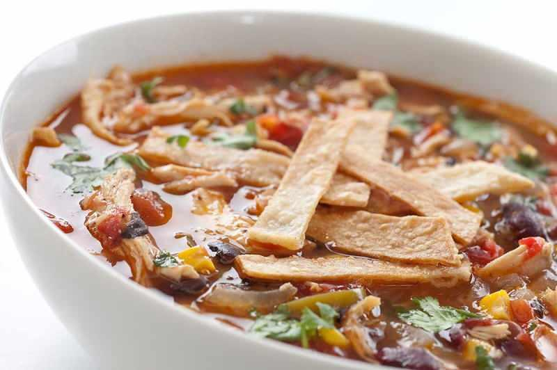 Tortilla çorbası nasıl yapılır?