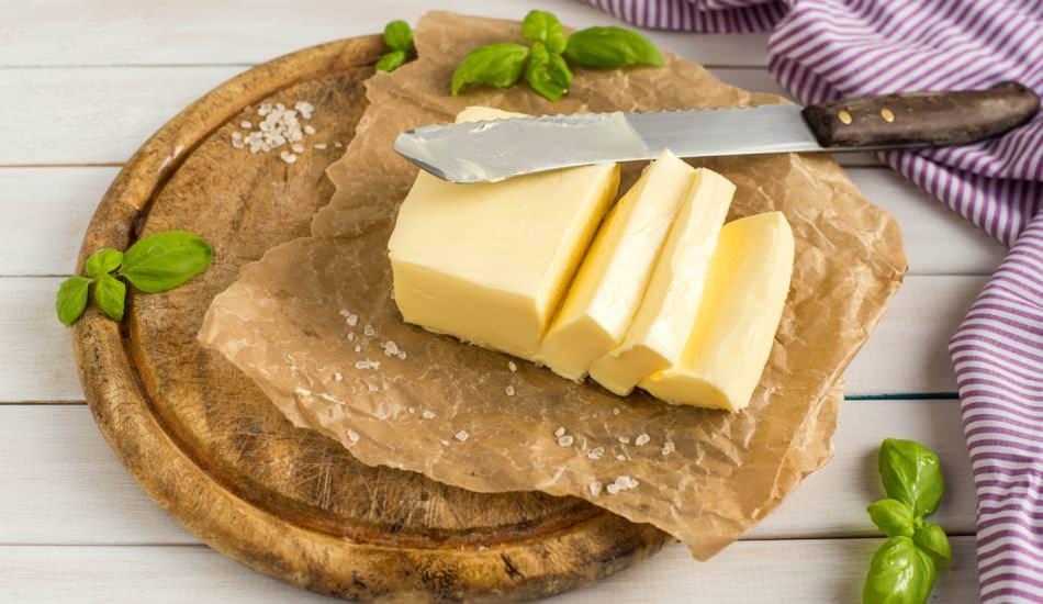 Diyette tereyağı mı zeytinyağı mı? Tereyağlı reçel kilo aldırır mı? 1 dilim tereyağlı ekmek...