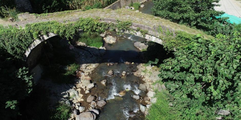 Borçka'nın saklı kalmış tarihi yapıları turizme kazandırılıyor