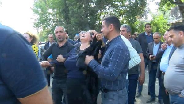 Ermenistan'ın sivillere yönelik alçak saldırıları devam ediyor. Son olarak Terter'de mezarlık ziyaretindeki siviller hedef alındı.