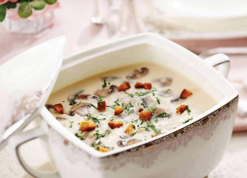 Kremalı mantar çorbası nasıl yapılır? Kremalı mantar çorbası tarifi
