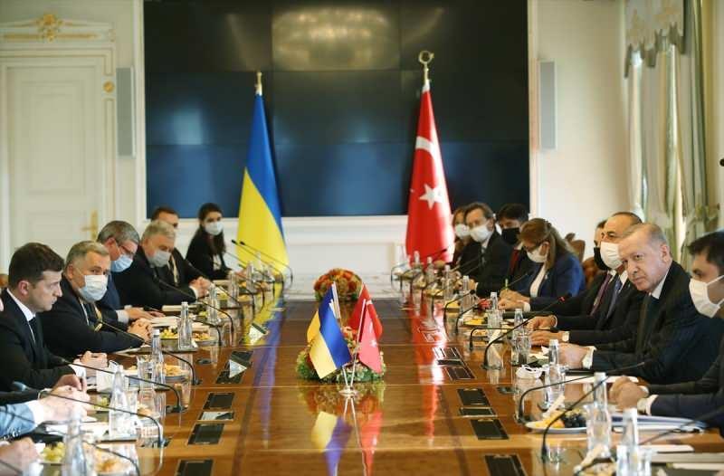 Cumhurbaşkanı Erdoğan ve Ukrayna Devlet Başkanı Zelenski görüşmesinin ardından heyetler arası görüşme