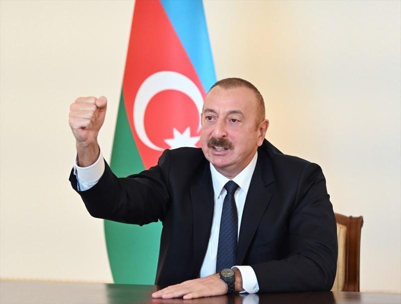 Aliyev ulusa sesleniş konuşmasında 'Fuzuli' şehrinin işgalden kurtarıldığını duyurdu.