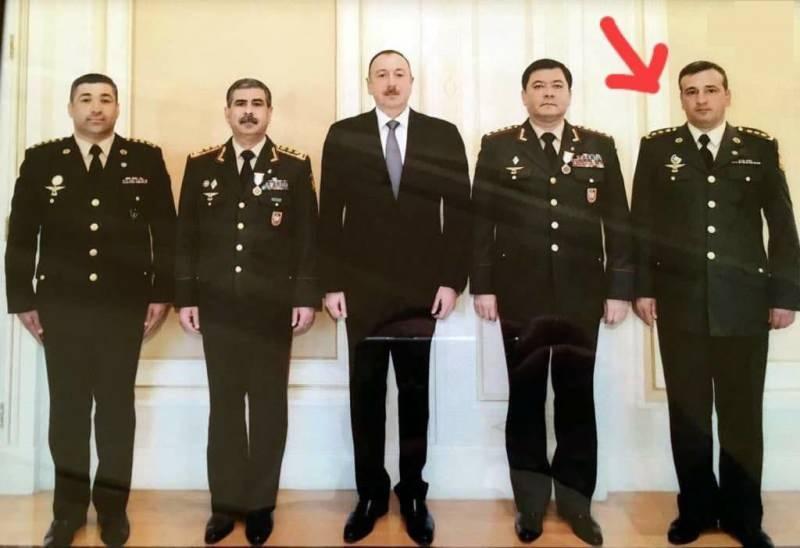 Tümgeneral Polat Haşimov (en sağda)
