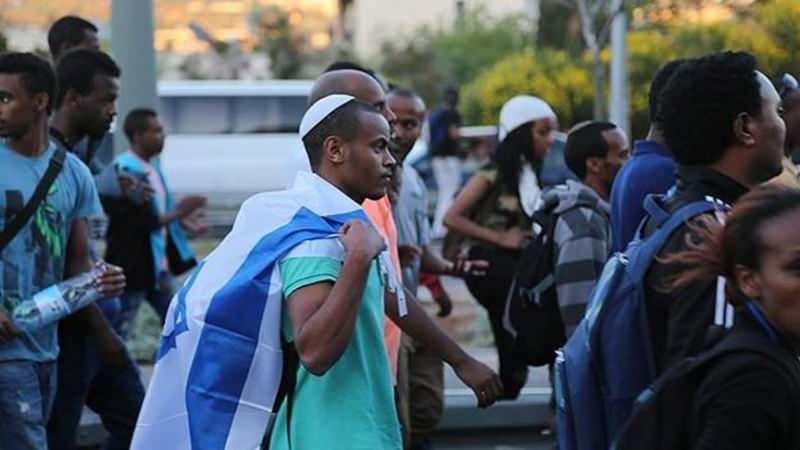 2 bin Etiyopyalı Yahudi israil'e getirilecek