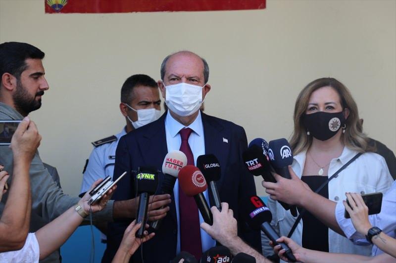 Ersin Tatar oy kullandıktan sonra açıklama yaptı.