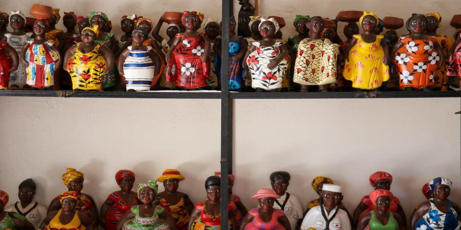 Senegal'in tarihi el sanatları pazarı: Soumbedioune