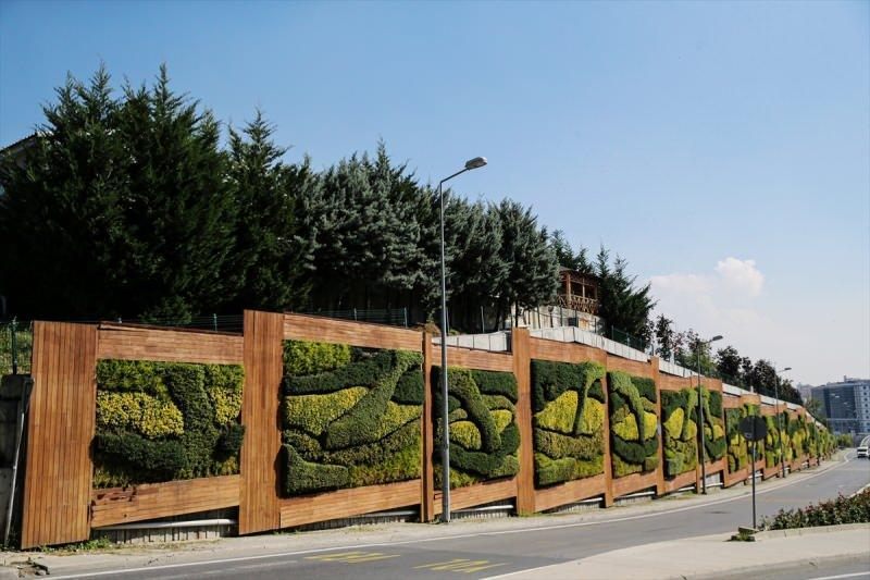 İstanbul'da AK Parti döneminde yapılan dikey bahçeler