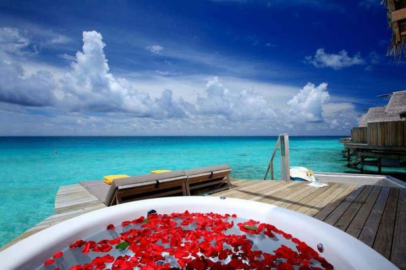 Balayı en güzel nerede yaşanır? Romantik balayı otelleri