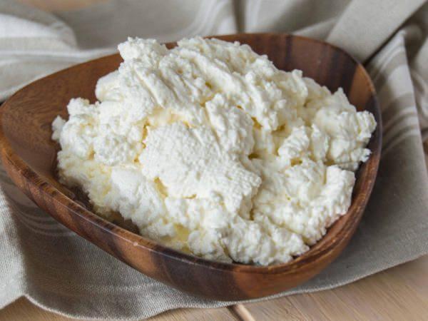 bebekler için lor peynir