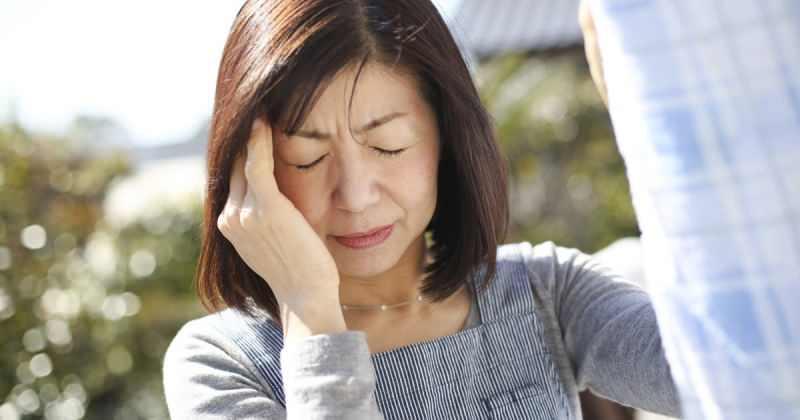 konversiyon bozukluğu olan hasta genellikle bayıldığını düşünür