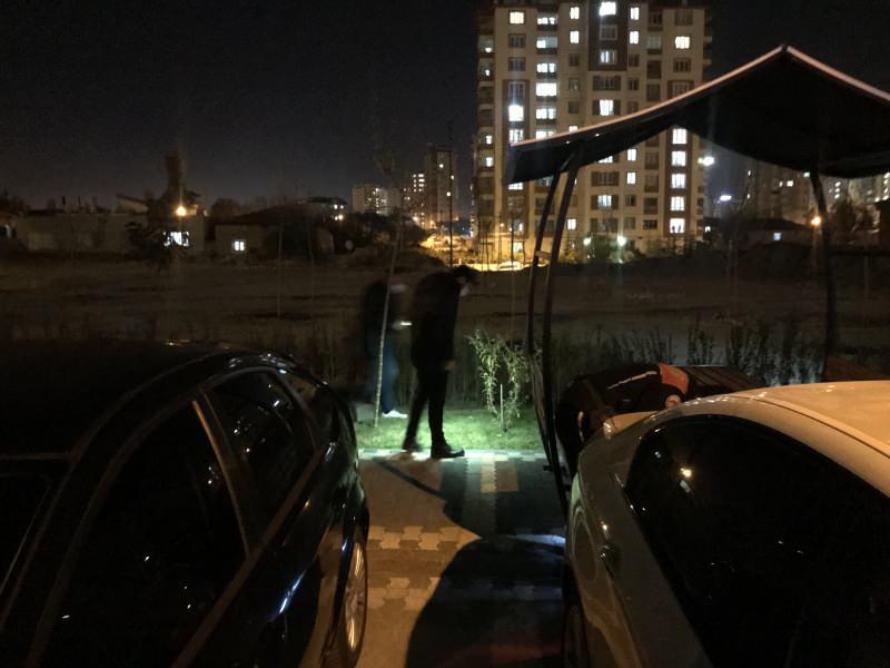 Polisten kaçan uyuşturucu taciri bacağı kırılınca yakayı ele verdi