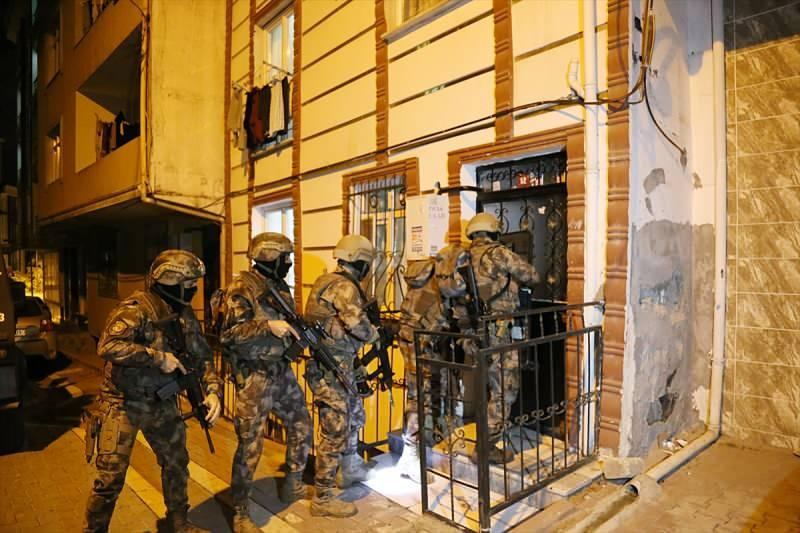 İstanbul'da 13 ilçede DEAŞ operasyonu!