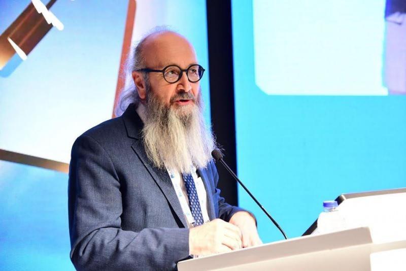 Enfeksiyon hastalıkları uzmanı Prof. Dr. Haluk Eraksoy