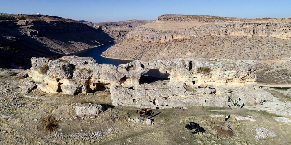 """""""Peygamberler diyarı"""" Eğil'in asırlık tünelleri turizme kazandırılıyor"""