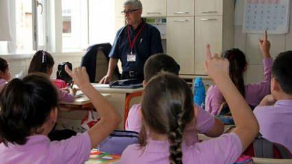 İlkokullar ne zaman açılacak? İlkokul uzaktan eğitim ders programları